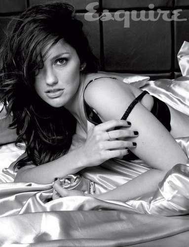 Minka Kelly - demolitionvenom Photo