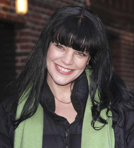 Pauley Perrette - Outside The late onyesha with David Letterman