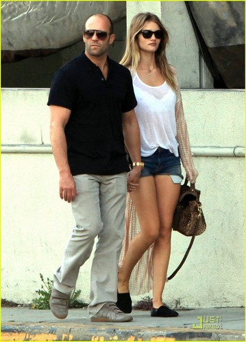 Rosie Huntington-Whiteley & Jason Statham: Kitchen Lovers! - jason-statham Photo
