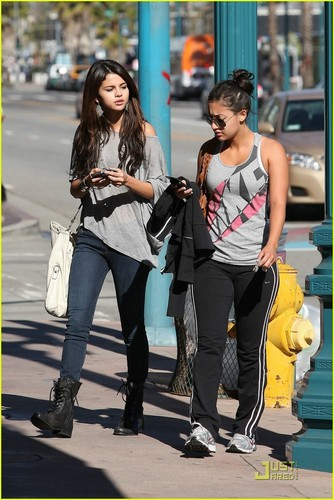 Selena out in Hollywood.