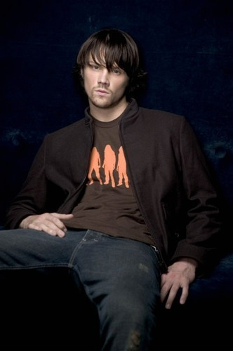 Winchester's Journal Hintergrund possibly with a well dressed person entitled Unknown Shoot - Jared Padalecki 13