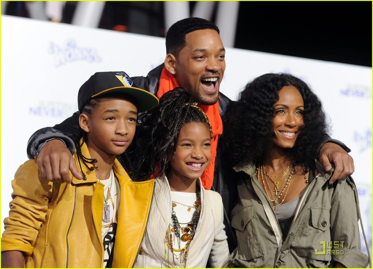 Willow Smith: 'Never Say Never' Premiere with the Family