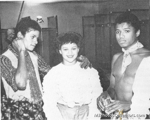 mj backstage pictures triumph tour
