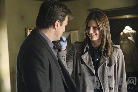 Nathan Fillion & Stana Katic fond d'écran possibly with a business suit called <3Stana&Nathan<3