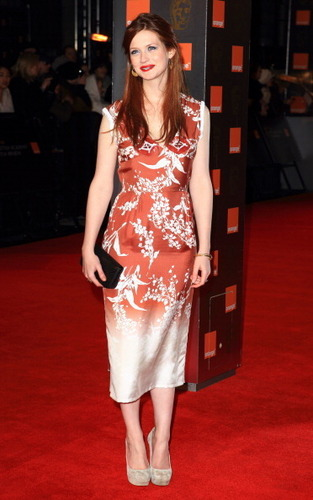 Bonnie Wright fond d'écran entitled BAFTA 2011