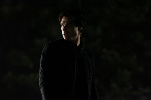 2x12: 'The Descent' Episode Stills (Damon).