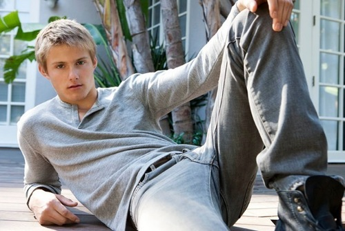 Alexander Ludwig wallpaper probably containing a hood, a hip boot, and long trousers called Alexander Ludwig