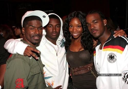 ব্র্যান্ডি @ Tyrese AKA Black Ty Performance Hosted দ্বারা Big Tigga - Inside