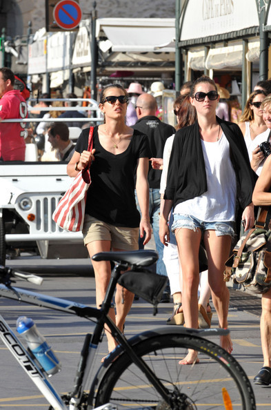 charlotte Casiraghi spends some time with her Marafiki