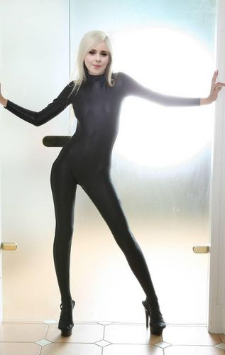 Diana Vickers wallpaper with tights entitled Diana Vickers