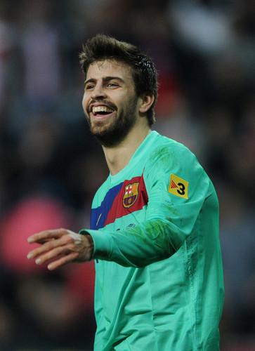 G. Pique (Sporting Gijon - Barcelona)