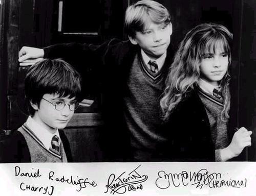 The trio & their signatures :))