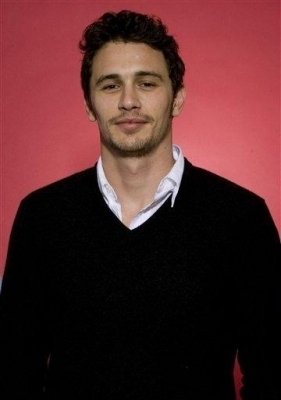James Franco 壁纸 probably with a well dressed person and a business suit entitled James <3