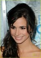 Josie Loren: Plays Up the People's Choice Awards 2011 - josie-loren photo