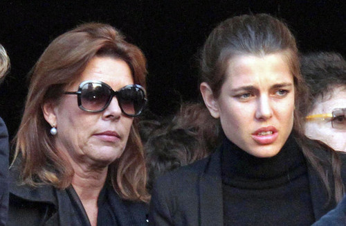 la Princesse charlotte Casiraghi fond d'écran possibly containing sunglasses called Laura Sabatini Casiraghi's funeral