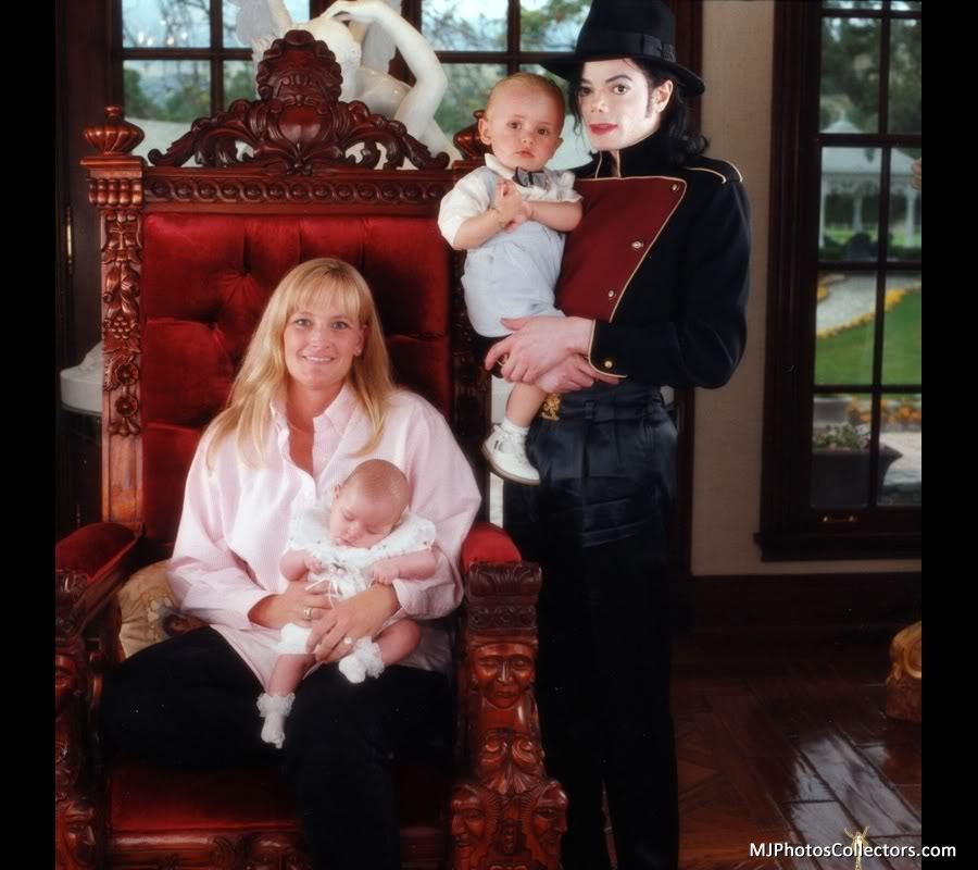 Michael Jackson and his own Family [= <3