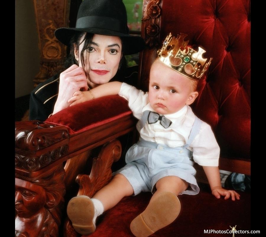 Michael Jackson and son Prince Jackson [= <3