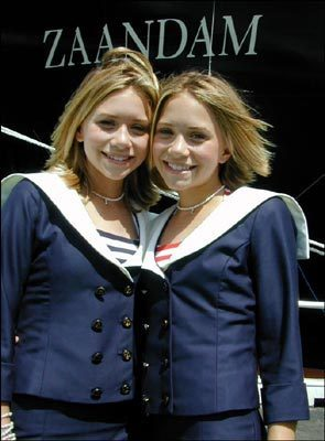 Official Pics - Holland America (2000)