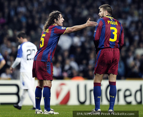 Piqué and Puyol: tough fight!