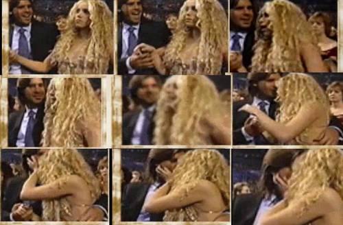 Шакира and Antonio unwanted Kiss