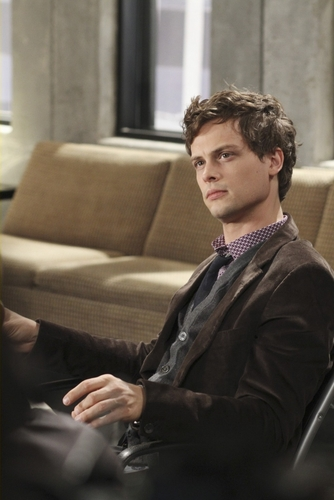 Dr. Spencer Reid Hintergrund containing a business suit called Spencer Reid