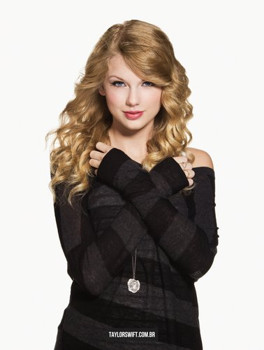 Taylor Swift - Photoshoot #136: Country Weekly (2010)