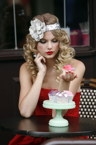 Taylor rapide, swift photoshot (HQ)