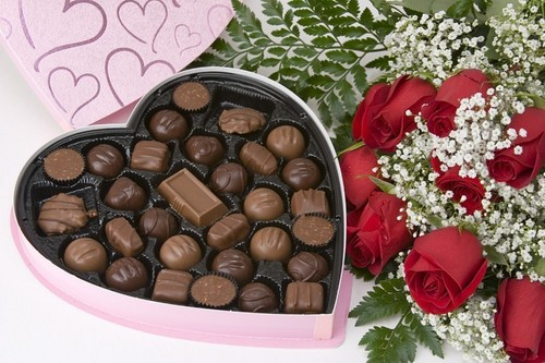 Valentine Chocolates For All My Dear دوستوں ♥