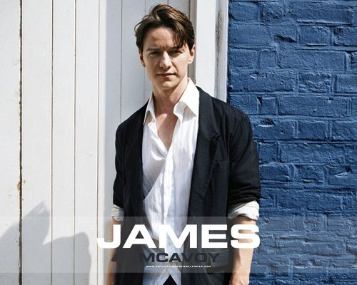 James McAvoy wallpaper containing a business suit called Wallpaper