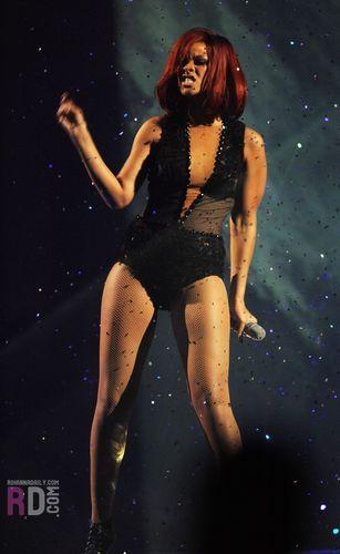 2011 Brit Awards - Live Performance, February 15