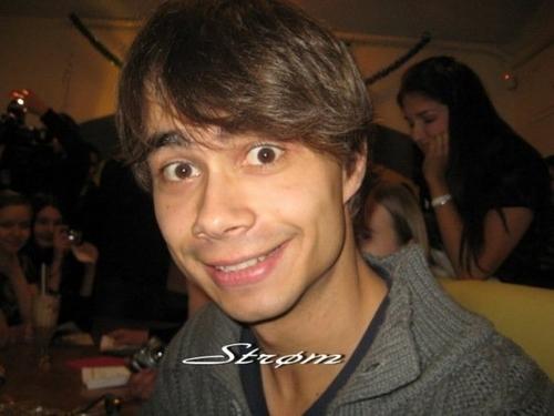Alex!! ♥