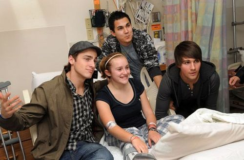 BTR spreads Cheer to Children's Hospital in Boston