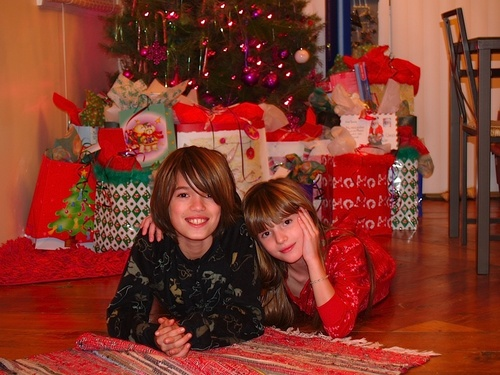 Bella And Remy- Natale 2004(: