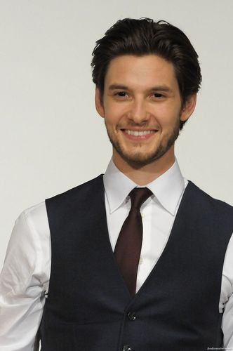 "Ben Barnes ""Voyage of the Dawn Treader"" in Japan (Feb. 2011) - ben-barnes Photo"