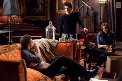 "Damon Salvatore wallpaper with a drawing room entitled Damon 2X16 ""the house guest"""