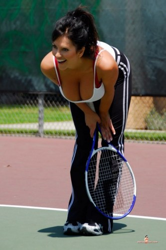 Denise Milani big breast - tennis Photo