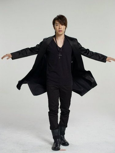 Donghae - 12Plus Sexy Cologne