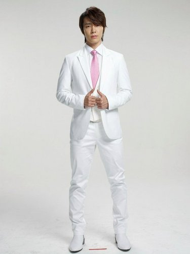 Super Junior wolpeyper with a business suit and a suit titled Donghae - 12Plus Sexy Cologne