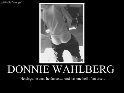 Donnie Wahlberg wallpaper possibly containing a portrait called Donnie <3