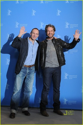 Gerard Butler: 'Coriolanus' Photo Call at Berlin Film Fest! - gerard-butler Photo