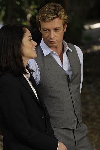 Jane&Lisbon fondo de pantalla with a business suit, a suit, and a three piece suit called Jane & Lisbon