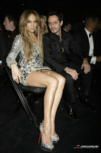 Jennifer @ The 53rd Annual GRAMMY Awards - Inside