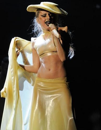 Lady Gaga Grammy 2011