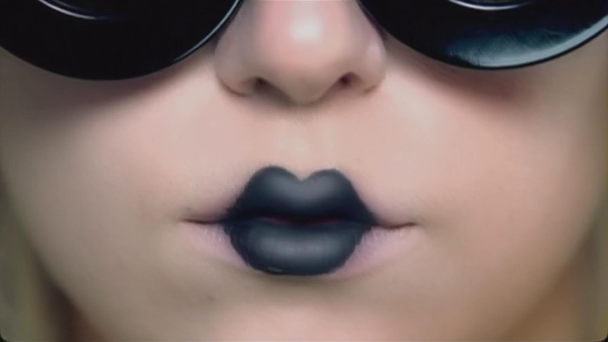 Lady Gaga - Paparazzi Musik Video - Screencaps