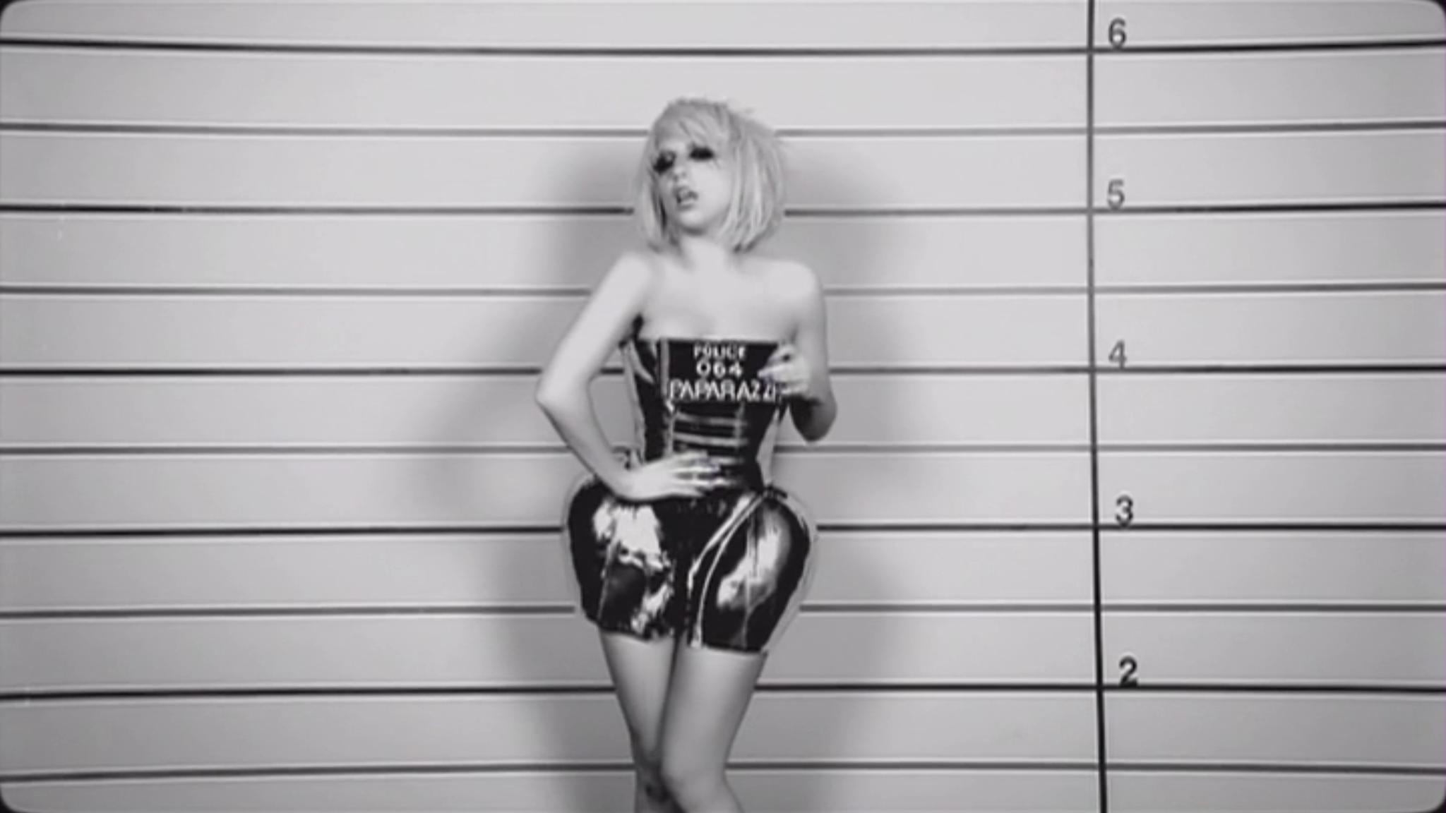 Lady Gaga - Paparazzi সঙ্গীত Video - Screencaps
