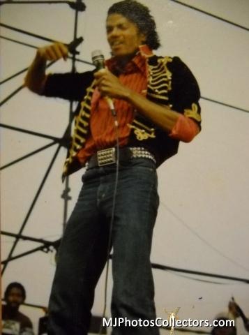 MJ 1982