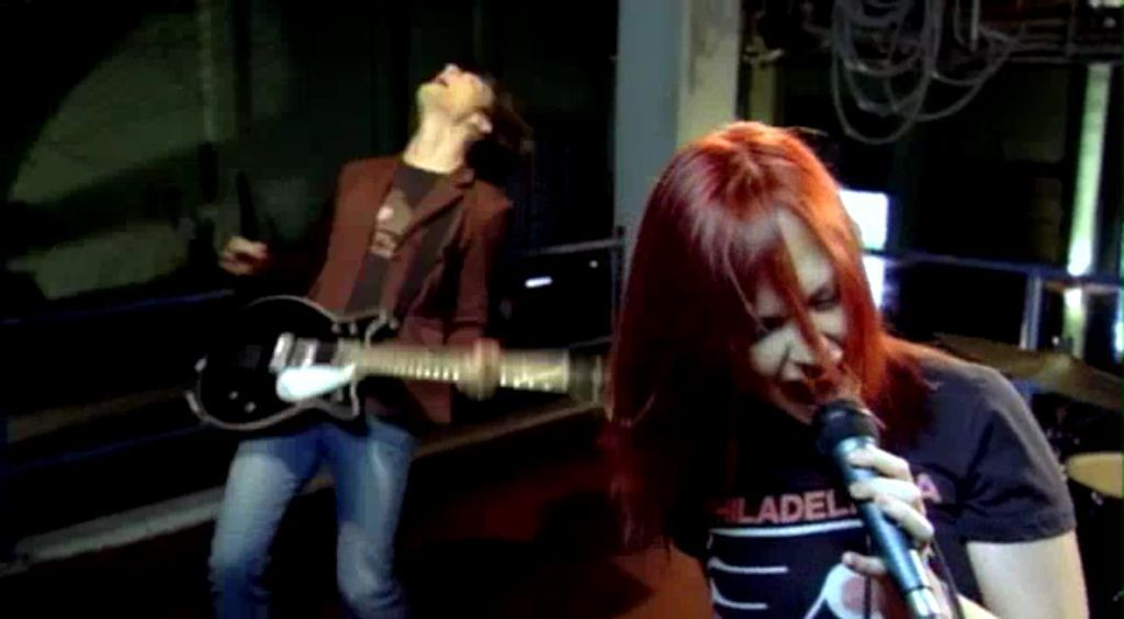Paramore - Pressure - Screencaps