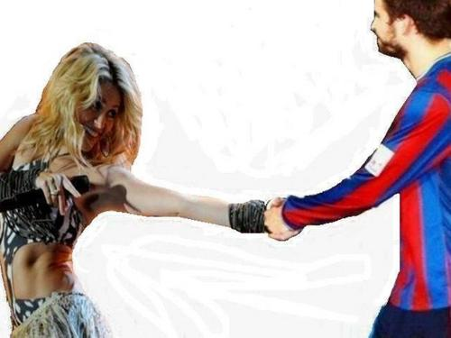 Shakira and Piqué their united bodies and soul !
