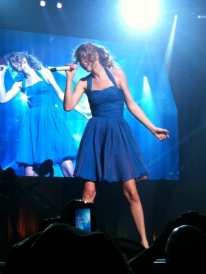 Speak Now World Tour > February 13 - Osaka, জাপান