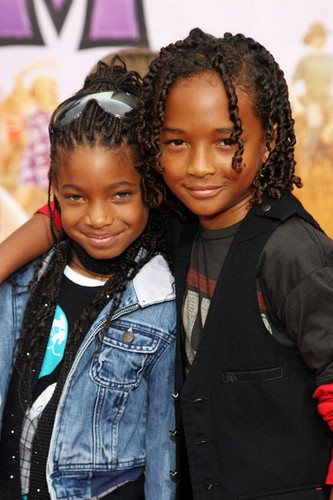 Willow Smith 壁纸 called Willow and Jaden Smith :)